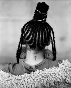 Sho Madjozi is manifesting her pan-African dreams 90s Hairstyles, Dreadlock Hairstyles, African Hairstyles, Braided Hairstyles, Natural Hair Twists, Natural Curls, Natural Hair Styles, Braids With Extensions, Afro Puff