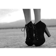 Dream about these shoes *. * And you like or do not? :) #fashion #shoes #solid