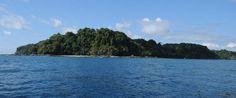 Es el Cano Island. Está en el océano. Se puede snorkel.