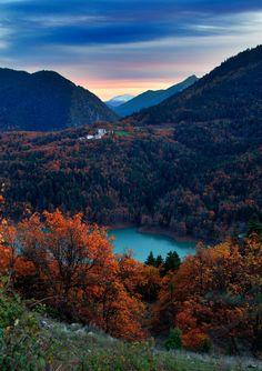 Lago Plastiras, Grecia...