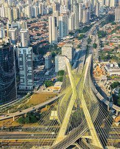 Linda foto do nosso amigo @matheusbribeiro Marque aquele seu amigo que ama SP  #saopaulocity #ponteestaiada Conheça também nosso site www.spcity.com.br