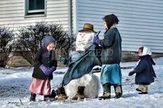 Dressing Frosty, Amish Photos