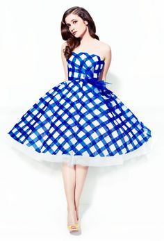 This dress is Oscar de la Renta, so I will never own it, but it is also perfect, so I will want it always.