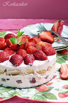 Koskacukor: Görög joghurtos eper torta Cheesecake, Strawberry, Food And Drink, Fruit, Breakfast, Yum Yum, Morning Coffee, Cheesecakes, Strawberry Fruit