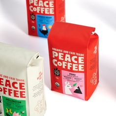 Peace Coffee brand identity, packaging, and exhibition design. Designed by Abby Haddican at Werner Design Werks in Saint Paul, Minnesota. Packaging Box Design, Branding And Packaging, Cool Packaging, Coffee Packaging, Package Design, Bottle Packaging, Food Branding, Coffee Branding, Branding Design