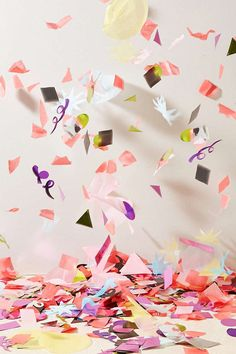 Jumbo Confetti - Urban Outfitters