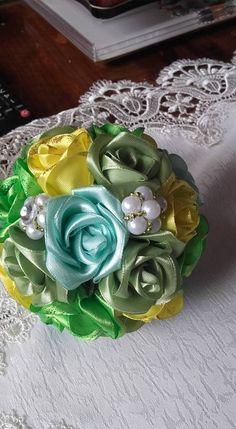 Diy Bouquet, Pretty Flowers, Decorative Boxes, Home Decor, Beautiful Flowers, Decoration Home, Room Decor, Home Interior Design, Decorative Storage Boxes