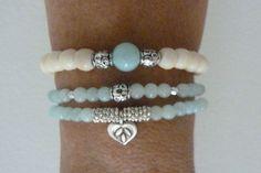 Tendance & idée Bracelets 2016/2017 Description beach mermaid ivory bone beads aqua jade by beachcomberhome, $16.00