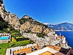 Amalfi Villa Il Amalfi 8 To 12 Bedrooms Booking Option For Up To 28 Guests - Amalfi Vacation Villas, Vacation Rental Sites, Amalfi Coast, Luxury Villa, Ideal Home, Paris Skyline, Swimming Pools, Travel Destinations, Italy