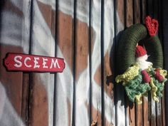 #Christmas decoration on an #abandoned house in #Brescia city center. . #abandonedplaces #thesceem #yarnbomb #yarnbombing #ikearat