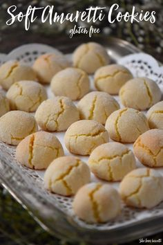 Soft Amaretti Cookies: Tested until Perfect! Did you ever think it was possible to make Soft Amaretti Cookies just like the ones that you find in Italian bakeries? Come and see how easy these glutenfree cookies are to make. Italian Cookie Recipes, Italian Cookies, Italian Desserts, Baking Recipes, Turkish Cookies, Italian Wedding Cookies, Donut Recipes, Italian Bakery, Italian Pastries