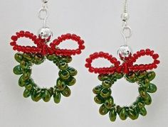 Who doesn't like receiving homemade jewelry for Christmas? For that person who is so hard to shop for, make these Twin Bead Christmas Wreath Earrings.
