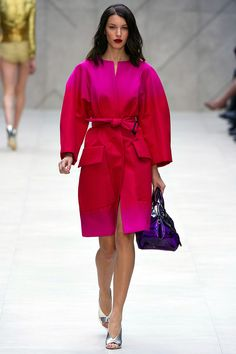 Burberry Prorsum Spring 2013 RTW - Review - Fashion Week - Runway, Fashion Shows and Collections - Vogue#/collection/runway/spring-2013-rtw/burberry-prorsum/1