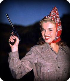 marilyn with a gun 1948