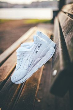 851e7bbc59bc ASICS Gel Lyte iii All White