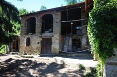 Farmhouse for restoration in Piedmont Italy - Hayloft area featuring Langhe stone