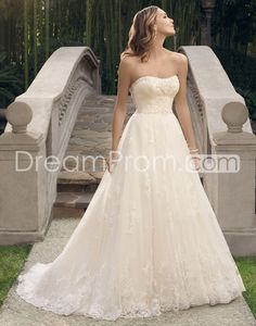 2015 Non-beaded embroidered lace Applique Tulle Wedding Dresses