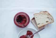 In the mood for food: Conserva de morangos \\ Strawberry conserve
