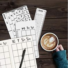 Get organized with these bullet journal productivity tools. Make your monthly, weekly and collections layouts quickly. Bullet Journal Tools, Bullet Journal Mental Health, February Bullet Journal, Bullet Journal Tracker, Bullet Journal Spread, Bullet Journal Inspiration, Journal Ideas, Dutch Doors, Mindfulness