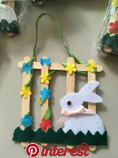 """New Absolutely Free popsicle stick Crafts for Kids Tips How often have you heard your kids say: """"Now i am bored. Easter Art, Easter Crafts For Kids, Easter Bunny, Diy For Kids, Easter Garden, Bunny Bunny, Popsicle Stick Crafts, Craft Stick Crafts, Preschool Crafts"""