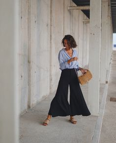 Spanish style – Mediterranean Home Decor Mode Outfits, Casual Outfits, Fashion Outfits, Fashion Ideas, Fashion Tips, Spring Summer Fashion, Spring Outfits, Mode Blog, Looks Street Style