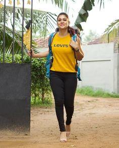 Actress Nayanthara Latest Movie Airaa Stills Indian Actress Photos, Indian Bollywood Actress, Bollywood Girls, Beautiful Bollywood Actress, Most Beautiful Indian Actress, Indian Film Actress, South Indian Actress, Bollywood Fashion, Beautiful Actresses