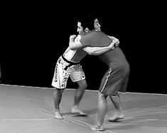 A simple movement to defeat your opponent…