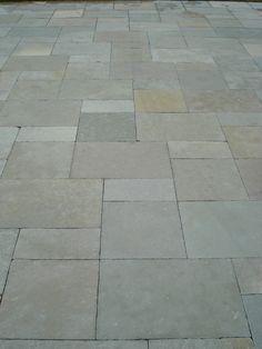 pavimento esterno in calcare virens http://www.pulchria.it/index.php/photo/esterni#nanogallery/nanoGallery/6068449491131989809/6068450150916305266