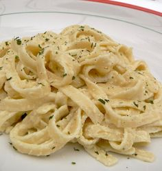 Quick and Easy Alfredo Sauce. I made this and it was amazing!