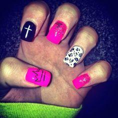 Super cute nails!!