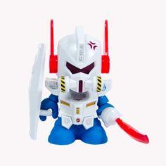 """Kidrobot Bot Mini Dam Gun 3"""" White Ed."""