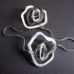 Aretes de San Valentín flores 3D plata pendientes por Jewellietta