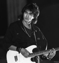 """Once Victor Tsoi sang here. ch. 37, p. 303. """"Viktor Robertovich Tsoi (Russian: Ви́ктор Ро́бертович Цой; Korean: 최빅토르; 21 June 1962 – 15 August 1990) was a Soviet musician, singer and songwriter of Korean-Russian origin, leader of the post-punk band Kino"""" (Wikipedia). Notice the chapter title is also Kino."""