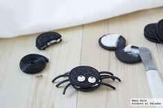 Arañas para Halloween hechas con galletas oreo y regaliz