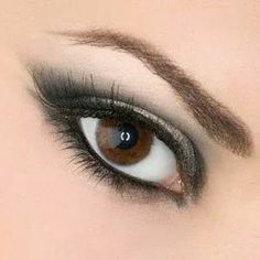 Simple makeup for brown eyed girls
