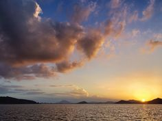 24 July 19:16 博多湾日の入りです。#sunset ( Evening Now at Hakata bay in Japan)