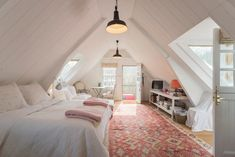 The Loft, St Catherine, Bath. - Lofts for Rent in St Catherine, Somerset, United Kingdom The Loft, Studio Loft Apartments, Loft Studio, Attic Rooms, Attic Spaces, Bedroom Loft, Bedroom Decor, Bedroom Inspo, Somerset