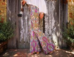 ✨The ultimate pair of Paisley flares. Feel like you're straight out of the 60's in these pretty things. Mixes of pinks, greens, blues, yellow intertwining and ready for an adventure. Find the...