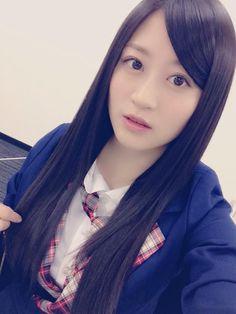 """Kei Jonishi """"なつみそと、初!二人でご飯いってました(^.^)♪ 楽しかった〜!!!!  ふー、髪の毛めっちゃ伸びた。 一ヶ月前に切ったばかり(°_°)  #けいなつ"""""""