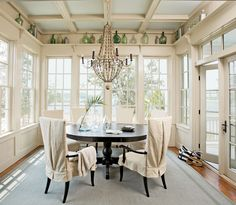 I love this house. House of Turquoise: Historical Concepts + Tammy Connor. House Of Turquoise, Turquoise Kitchen, Turquoise Accents, Sunroom Dining, Dining Area, Dining Rooms, Round Dining, Dining Tables, Historical Concepts