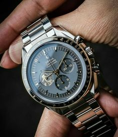 The Ultimate List of Gentleman Watch Brands [Over – Armbanduhren - Armbanduhr Elegant Watches, Stylish Watches, Luxury Watches For Men, Beautiful Watches, Cool Watches, Rolex Watches, Best Watches For Men, Omega Speedmaster Moonwatch, Omega Seamaster