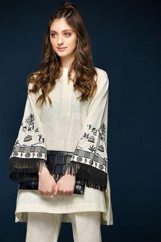 Ready To Wear 1 Piece Stitched Karandi Dress By Nishat Linen Winter Collection 2017 Available For Online Shopping Fashion of Pakistan Pakistani Fashion Casual, Pakistani Dresses Casual, Pakistani Dress Design, Indian Fashion, Boho Fashion, Stylish Dresses, Casual Dresses, Moda Indiana, Dress Outfits