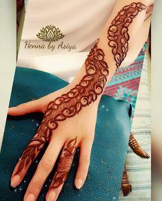 Henna Design By Fatima Floral Henna Designs, Back Hand Mehndi Designs, Legs Mehndi Design, Henna Art Designs, Mehndi Designs 2018, Mehndi Designs For Girls, Stylish Mehndi Designs, Mehndi Designs For Beginners, Dulhan Mehndi Designs