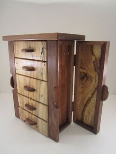 Schmuckschatulle im Texas-Stil - Schmuckschatulle im Texas-Stil - Small Woodworking Projects, Woodworking Box, Wood Projects, Woodworking Videos, Woodworking Classes, Woodworking Equipment, Woodworking Basics, Woodworking Workshop, Jewelry Box Plans