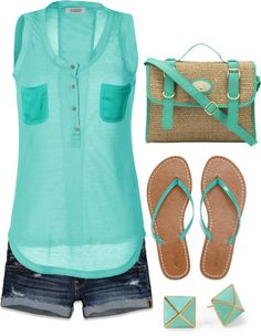 women's fashion on a summer day. Maybe different sandals Fashion Mode, Cute Fashion, Womens Fashion, Mode Outfits, Casual Outfits, Fashion Outfits, Turquoise Clothes, Look Short, Moda Chic