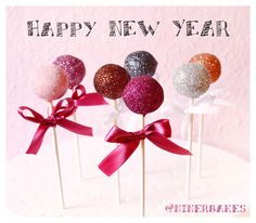 Happy New Year – Festive, sparkling and glistening cake pops | niner bakes