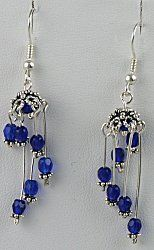 IDEA: Wind Chime Earrings (eebeads.com)    Neat way to use bead caps!