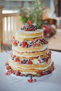 barn wedding food and cake