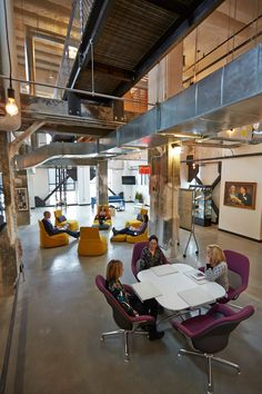 Moving from a workspace dominated by private offices to an open space with more than 100 collaboration areas has this advertising agency buzzing with ideas and innovation.