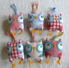 LOVE THESE! By krakracraft on Etsy. Lavender sachet Owlies!
